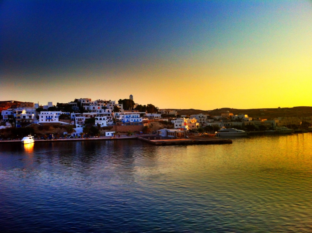Port de Milos - Adamante (sunrise)