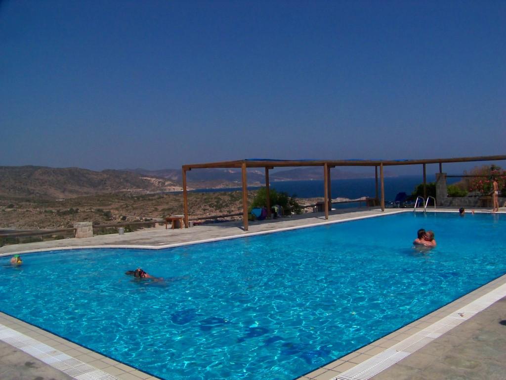 camping milos : la piscine