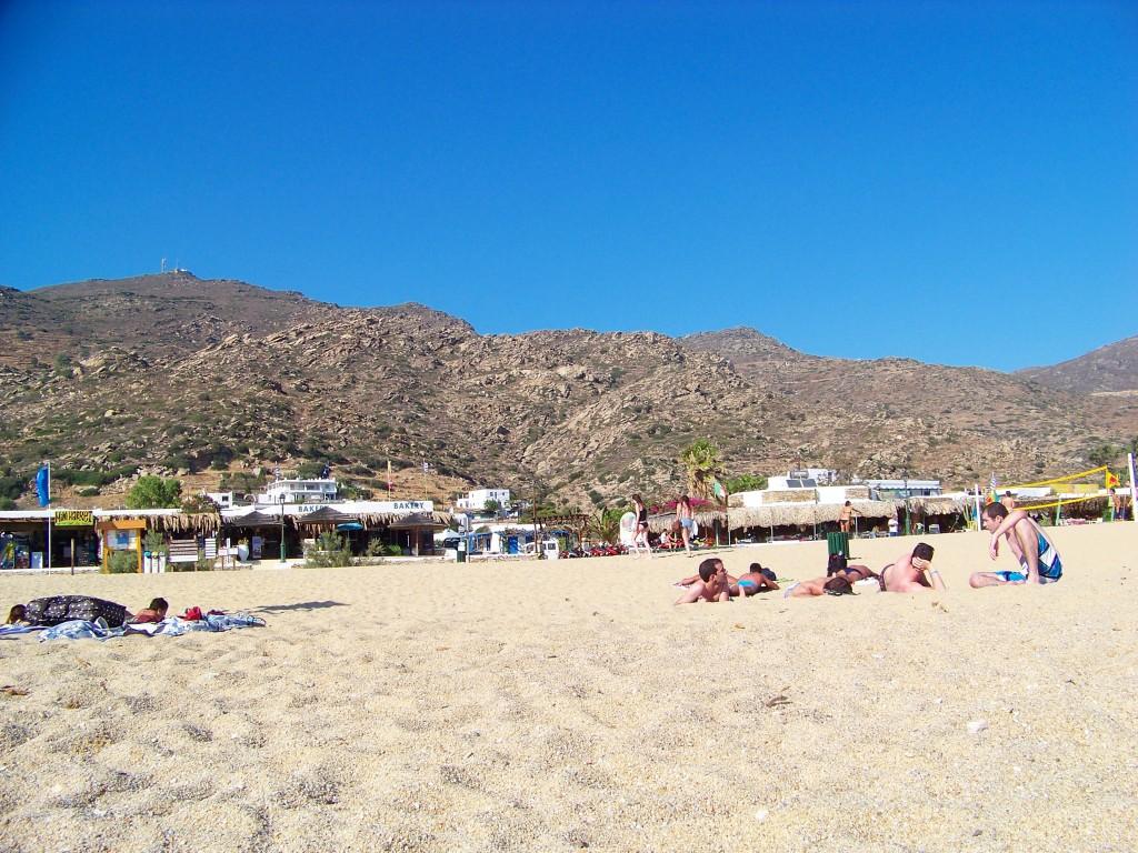 Milopotas (plage à Ios)