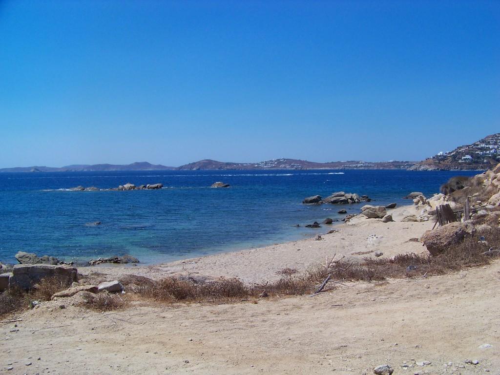 plage deserte à mykonos